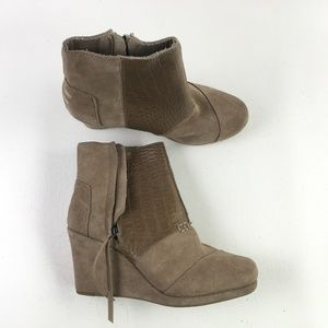 Toms Taupe Wedge Booties H6714880